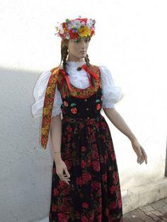 Strój rozbarski Girls Dresses, Flower Girl Dresses, Summer Dresses, Folk Costume, Costumes, Polish, Culture, Wedding Dresses, Fashion