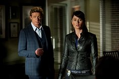The Mentalist, Jane + Lisbon...i want her leather jacket!