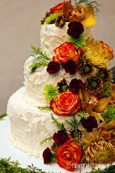 Fall Wedding Cake.  Gorgeous!  Lance & Lynann: Frio River Wedding » Twinty Photography Blog