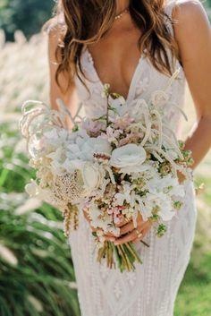 Chic Wedding, Wedding Trends, Perfect Wedding, Wedding Styles, Wedding Day, Dream Wedding, Elegant Wedding, Garden Wedding, Sleek Wedding Dress