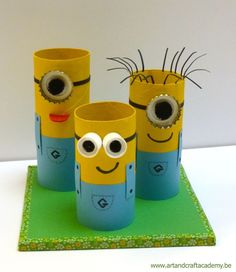"Art & Craft Academy : Pot à crayons "" Minions"" ! - "" The minions "" potlood… Kids Crafts, Spring Crafts For Kids, Crafts For Teens, Preschool Crafts, Diy For Kids, Arts And Crafts, Preschool Kindergarten, Cardboard Tube Crafts, Toilet Paper Roll Crafts"