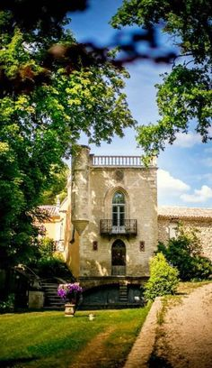 Luxury home in Cadenet, Provence-Alpes-Cote D'Azur, France