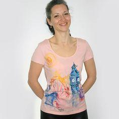 eecee11faacee London skyline, cute t shirts, watercolor travel, London t shirt,  watercolor t shirt, hand painted t shirt, London illustration, pink tshirt