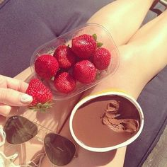 Strawberries and Nutella <3