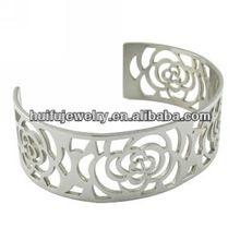 stainless_steel_laser_cut_rose_flower_bangle.jpg_220x220.jpg (220×220)