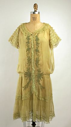 Dress Date: 1926 Culture: French Medium: silk, cotton Dimensions: Length (a): 41 in. (104.1 cm)