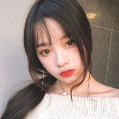 Ulzzang Korean Girl, Cute Korean Girl, Asian Girl, Korean Bangs, Korean Face, Korean Beauty, Asian Beauty, Korean Makeup, Asian Makeup Looks