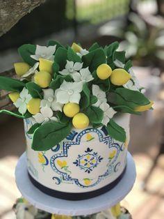 Gorgeous Cakes, Pretty Cakes, Lemon Birthday Cakes, Baby Shower, Bridal Shower, Lemon Party, Amalfi Coast Wedding, Sugar Cake, Dessert Decoration