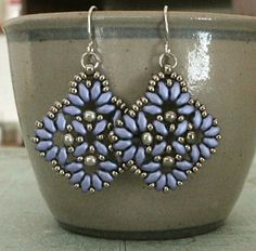 Linda's Crafty Inspirations: Circles & Squares Earrings - Violet & Silver