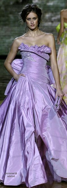 Elie Saab Spring 2006 Couture Purple Lilac, Shades Of Purple, Purple Dress, Purple Rain, Beautiful Gowns, Beautiful Outfits, Mauve, Color Violeta, Color Lila