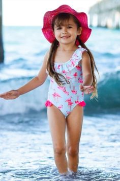 Give your girls a cool and stylish look with this one-piece swimsuit in summer season. This swimsuit carry rash guards for extra sun protection. Her summer will not be complete without them!  #online #swimsuit #swimwear #shopping #store #summer Unique Swimsuits, Two Piece Swimsuits, Toddler Swimsuits, Floral One Piece Swimsuit, Cut Out One Piece, Flamingo Print, Fashion Prints, Cool Girl, Bathing Suits