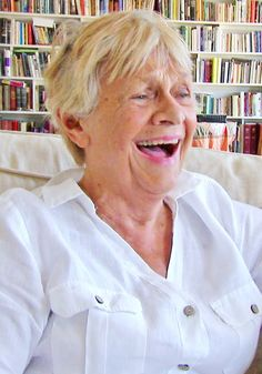 87-Year-Old Oscar® winner Estelle Parsons refuses to let her age define her. See how she defies it: