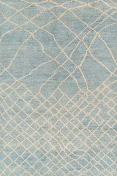 SKU :  TR-034Material : WoolDimension :120 X 180 CM ( 4'x6' )Thickness approx: 15MM Weave : Hand KnottedApprox 55800 Knots per m²