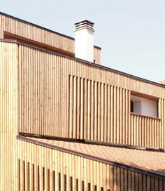 Reformas y rehabilitaciones de casas de madera http://ventacasasdemadera.com/2014/01/21/reforma-y-rehabilitacion-de-un-caserio-en-vizcaya/ #madrid #casademadera #madera #casaspersonalizadas