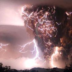 Tornado/lightning action Rome,Ga 2.March .2012