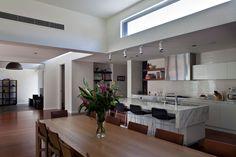 Balwyn House   Mills Gorman Architects