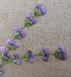 Crewel Embroidery Kits, Hand Embroidery Tutorial, Embroidery Flowers Pattern, Silk Ribbon Embroidery, Embroidery Needles, Hand Embroidery Designs, Cross Stitch Embroidery, Embroidery Ideas, Bordado Floral