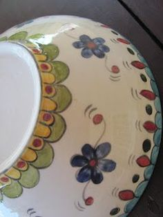 Pottery Painting Designs, Pottery Designs, Paint Designs, Glaze Paint, Play Clay, Painted Pots, Kitchen Paint, Ceramic Painting, Ceramic Pottery