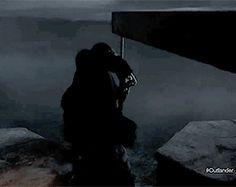 Jamie to Claire's rescue, from season 1b trailer