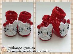 lembrancinha crochet crochê artesanato  handmade craft shoe baby newborn sapatinhos recém nascido  hello kitty gato cat