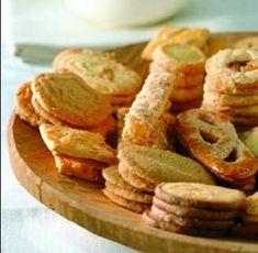 Oma`s+recept+voor+ouderwetse+zandkoekjes.    Ikzelf+voeg+er+meestal+wat+citroenrasp+aan+toe,+dat+geeft+een+frisse+aromatische+smaak.