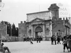 Piazzale di Porta Pia (1907) Old Photographs, Old Photos, Trieste, Bed And Breakfast, Rome, Louvre, Walls, In This Moment, Memories
