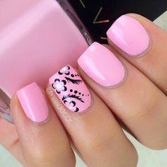 Pink Bandana Accent nails nailart