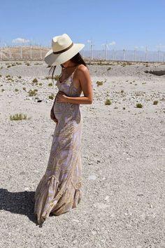 Long dress for pregnant.