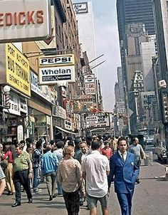 NYC. New York City, 1971 // Fuckyeahvintage-retro