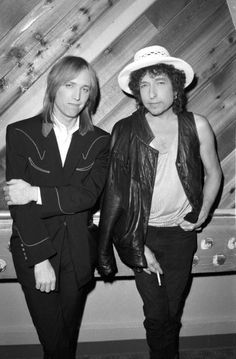 Tom Petty and Bob Dylan (Photo by Michael Ochs Archives/Getty Images)