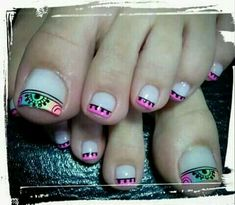 Nails Acrilico Juveniles Blancas 69 Ideas For 2019 Pedicure Nail Art, Toe Nail Art, Toe Nails, Acrylic Nails, Feet Nail Design, Toe Nail Designs, Pink Black Nails, Cute Pedicures, Polka Dot Nails