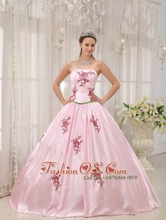 Lovely Pink Quinceanera Dress Strapless Taffeta Appliques Ball Gown  http://www.fashionos.com/lovely-pink-quinceanera-dress-strapless-taffeta-appliques-ball-gown-p1203.html  Quality and smooth taffeta is comfortable and eye-catching. Pongee lining is full of princess atmosphere. The appliques makes the dress more graceful.