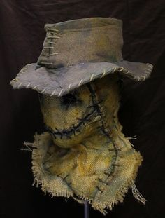 The Wraith - Grim Stitch Factory wraith 5 with hat Scarecrow Halloween Makeup, Scarecrow Mask, Halloween Costumes Scarecrow, Halloween Costume Contest, Halloween Masks, Halloween Crafts, Really Scary Halloween Costumes, Creepy, Fantasias Halloween