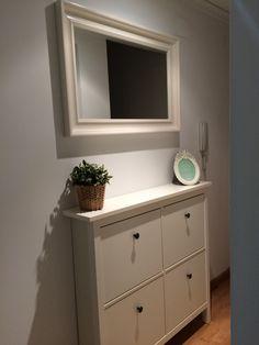 Ikea hemnes shoe cabinet round mirror good for dark - Espejo hemnes blanco ...