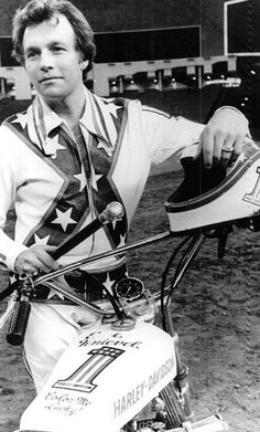 Evel at the Houston Astrodome 1971 wearing the rarely seen white practice leathers.