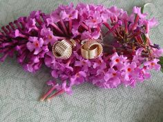 Vintage Delicate Goldtone Double Knot Earrings by SheilasBlessings, $6.00
