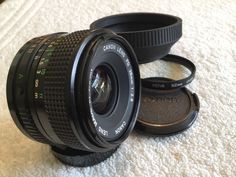 CANON FD MOUNT 28mm 1:2.8 WIDE ANGLE LENS In EXCELLENT CONDITION