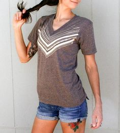 63 Best Graphic Tees   Other Clothes images  032735880