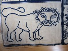 "RARE Early New York Jacquard Coverlet ""Big Lion"" Coverlet Indigo Coveted Design 
