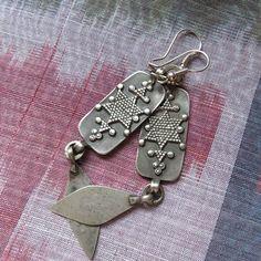 Kazakhstan - Ethnic silver pair of earrings