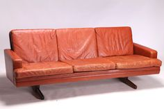 fredrik kayser sofa -