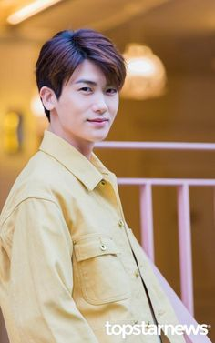 ♣ Park Hyung Sik 박형식 Official Thread ♣ - Page 47 - actors & actresses - Soompi Forums Korean Male Actors, Handsome Korean Actors, Asian Actors, Korean Celebrities, Park Hyung Sik, Park Hyungsik Cute, Park Hyungsik Strong Woman, Ahn Min Hyuk, Parks