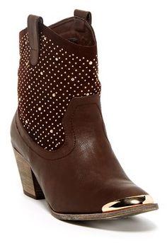 Bucco Westia Embellished Boot