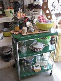 Two Tone Vintage Rolling Kitchen Cart | Rolling kitchen cart ...