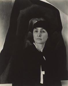 Georgia O'Keeffe (Alfred Stieglitz, 1930)