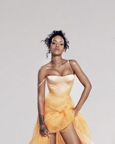 Best Of Rihanna, Rihanna Looks, Rihanna Riri, Rihanna Style, Beyonce, Rihanna Baby, Rihanna Dress, Fashion Sketchbook, Snoop Dogg
