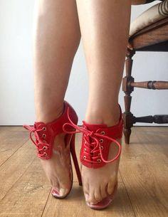 18cm DIVA abschließbare Anfänger Ballett Keil Stiefel HUF Heelless Fetisch holographische