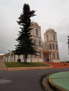 Iglesia católica de Sarchí. Sarchí-Alajuela-Costa Rica.