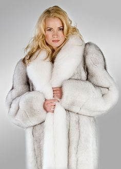 A fox coat that is softly feminine yet beautifully elegant! Natural blue fox in a full length coat, trimmed with bright, white fox that lends a lovely White Fox, Blue And White, Fur Fashion, Womens Fashion, Fantastic Fox, Gorgeous Blonde, Fox Fur Coat, Fur Jacket, Style Guides