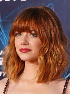 The Hottest New Celebrity Haircuts! Wispy Bangs, Blunt Bangs, Blunt Lob, Best Bobs, Short Bob Hairstyles, Cool Hairstyles, Shoulder Length Hair, Lipstick Ombre, Makeup Lipstick